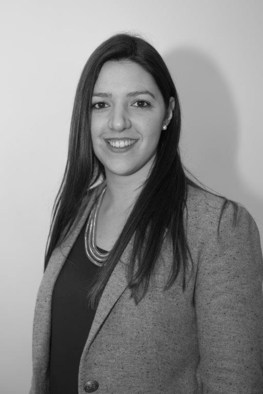 EC. ANA LUCÍA BIZZOTTO : Analista II de Economía & Información del Instituto Nacional de Logística desde abril de 2013.