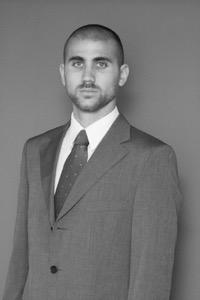 CR. GUZMÁN BANIZI : Jefe de Administración & Finanzas del Instituto Nacional  de Logística desde diciembre de 2011.